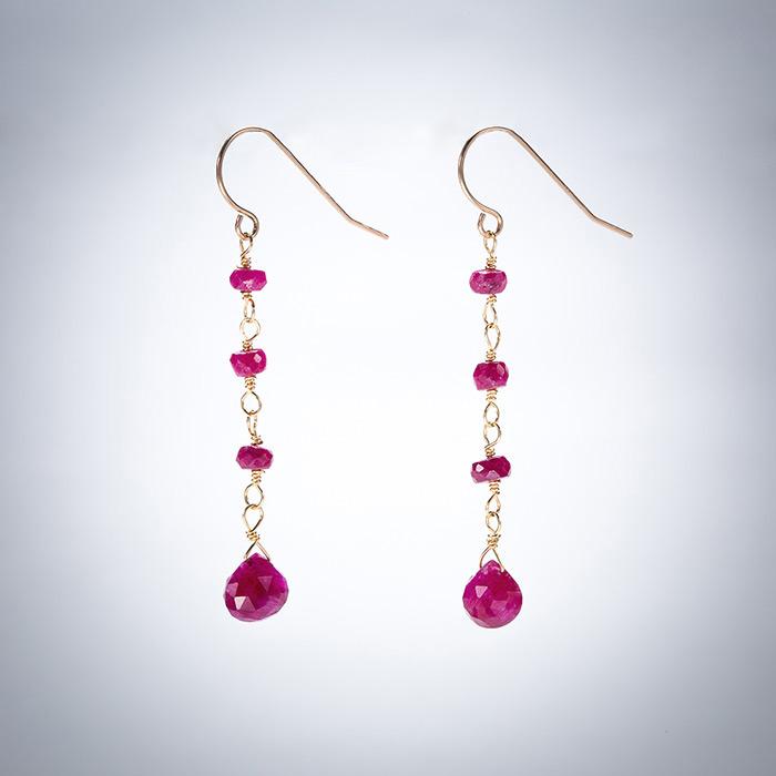 hr-earrings-gold-ruby