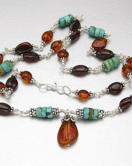 yr-necklace-turquoise-amber2